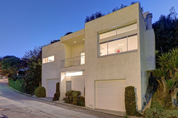 3961 Farmouth Dr. Los Angeles, CA 90027