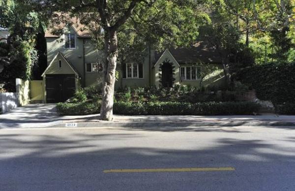 2332 Canyon Drive